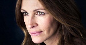 Julia Roberts Tells Everyone In the World to Stop Pretending Like Facts Don't Exist.