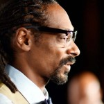 Snoop Dogg Just Handed Out Over a Thousand Turkeys to Families In Need.