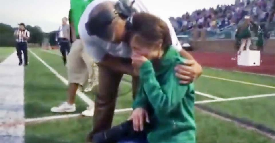 A Terminally-Ill Mom Breaks Down In Tears Seeing Her Down Syndrome Son Score a Surprise Touchdown.