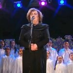 Susan Boyle Leaves the Crowd Breathless During Her Performance of 'O Holy Night'.