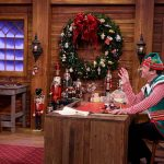 Chris Pratt and Jimmy Fallon Do a Christmas-Themed 'Mad Libs'.