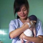 Mom Gives Stillborn Baby One Last Hug. Doctors Are Shocked When Baby Comes Back to Life.
