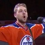 20,000 Canadians belt out U.S. national anthem after singer's mic malfunctions.