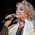 Tanya Tucker pours grief and regret into newly released song for Glen Campbell.